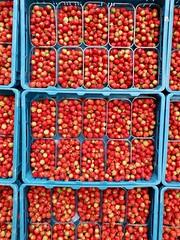Strawberries (Michiel2005) Tags: aardbeien strawberry strawberries vrucht fruit vruchten nederland haarlem netherlands holland