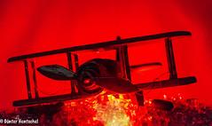 Crash (Günter Hentschel) Tags: crash abgestürzt heruntergekommen jet flugzeug doppeldecker verrücktebilder verrückt dieanderenbilder hentschel flickr indoor deutschland germany germania alemania allemagne europa nrw nikon nikond5500 d5500 juli 2018 7 juli2018