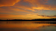 DSC02571 (gregnboutz) Tags: gregboutz colorfulsunset colorfulsunsets lakesunset lakesunsets orangesunset orangesunsets springsunset sunset sunsets beautifulclouds brightclouds clouds cloudy partlycloudy missouri missouripark missouriparks binderstatepark binderlake lakes missourilakes