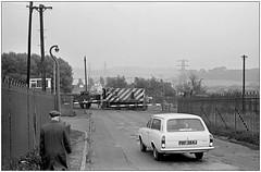 Round Oak railway crossing (pjs 0812) (geoff7918) Tags: roundoaksteelworks 13101970 yorkshireenginecompany 7