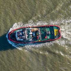 Westsund (Peet de Rouw) Tags: boat vessel tugboat westsund shipping scheepvaart sleepboot sleper aerial drone djimavicplatinum rotterdam scheur holland