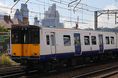 315849, Bethnal Green, August 31st 2017 (Southsea_Matt) Tags: 315849 class315 brel pep transportforlondon tflrail arriva emu electricmultipleunit bethnalgreen greaterlondon england unitedkingdom train railway railroad passengertravel publictransport canon 80d sigma 1850mm summer 2017 august