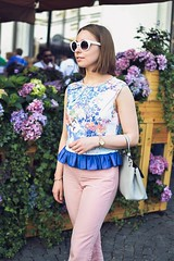 crop_top_with_ruffle-12 (Stacyco) Tags: sewing sewingproject flower fashion fabric fashionstreet fashionblogger summer flowers floral print pink moscow russia style streetstyle croptop trend outfit outdoor burda burdastyle blogger beautiful blog