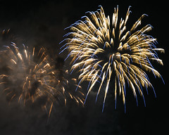 Macys Fireworks NYC 2018-57 (Diacritical) Tags: nikond850 pattern 70200mmf28 16secatf80 july42018 84406pm f80 210mm brooklyn macys4thofjuly fireworks