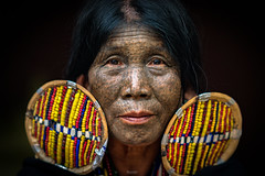 Chin Tribe Lady (tehhanlin) Tags: bagan burmese chinstate htilominlotemple mindatdistrict monks myanmar pagodas rangoon shwedagon shwesandaw shwezigon tatooedface thatbyinnyutemple tribes yangon sony chin tribe faces face portrait portraits travel places people ngc woman lady asia asian