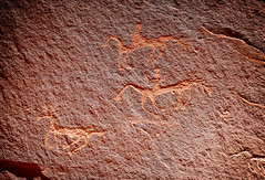 The Hunt (Harald Philipp) Tags: canyondechelly chinle navajo indian reservation arizona carvings petroglyph nativeamerican anasazi drawings rockcarving desert canyon arid sandstone