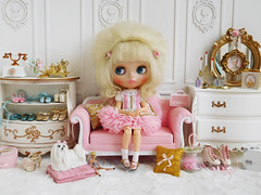 Pinky Pig Dress (Cossette...) Tags: blythe doll rbl cossette dress outfit petticoat ruffles pink white tulle mohair set dog maltese suzygosse susygoose sindy barbie rement