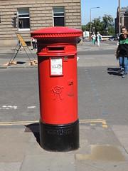 DSCN3783 Edinburgh, Scotland (Skillsbus) Tags: postboxes royalmail scotland edinburgh victoria handyside