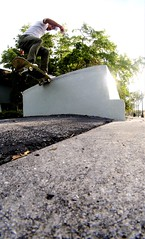 Rowney Resendez- FS tail (fabiansuarez3) Tags: skate skateboarding ledge strobelight