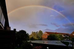Wetterbild (sabine1955) Tags: escheburg regenbogen rainbow tag cloudy day wolken sky himmel dacher