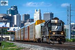 Eastbound NS Yard Job Train at Kansas City, MO (Mo-Pump) Tags: train railroad railfan railroader railway railroading locomotive