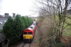 Machen (kgvuk) Tags: lowermachen machen machenquarry churchroad station disusedstation railway train locomotive dbcargo diesellocomotive class66 66230 severnaggregator railtour