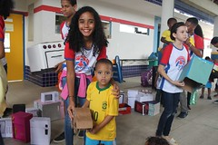 """escola (53) • <a style=""""font-size:0.8em;"""" href=""""http://www.flickr.com/photos/81544896@N02/42380987805/"""" target=""""_blank"""">View on Flickr</a>"""