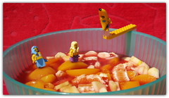 Macedonia Ray (peter-ray) Tags: macedonia fruit banana pesca mela apple pera frutta mini figure lego sirena mermaid peter ray tuffo