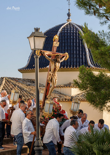 "(2018-06-22) - Vía Crucis bajada - Luis Poveda Galiano (20) • <a style=""font-size:0.8em;"" href=""http://www.flickr.com/photos/139250327@N06/42436102764/"" target=""_blank"">View on Flickr</a>"