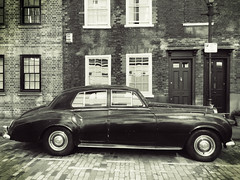 Old Bentley (gary8345) Tags: london uk shoreditch iphone londonist unitedkingdom car retro snapseed eastlondon 2018 greatbritain blackandwhite britain bw england