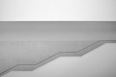 staircase modern (ro_ha_becker) Tags: architecture architektur lwlmuseum münster minimal staircase treppe treppenhaus monochrome schwarzweiss zwartwit biancoenero blackandwhite blancoynegro blancetnoir