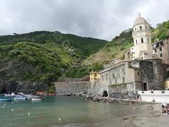 Chiesa di Santa Margherita di Antiochia (glynspencer) Tags: vernazza liguria italy it