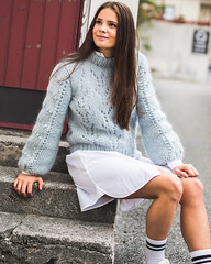 19379425_463124637413480_1240984642165669888_n (ducksworth2) Tags: sweater jumper knit knitwear fluffy fuzzy thick chunky bulky