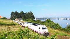 Tren Hotel Atlántico (javivillanuevarico) Tags: renfe ferrocarril 333406 trenes líneaferrolbetanzos