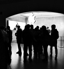 Apple (Demmer S) Tags: gathering crowd silhouette light crowds group architecture architectural interior inside apple logo brand company sign corporate business retail technology design visual signs arch frame framed arches indoors silhouettes street streetphotography people pedestrian peoplewatching shootthestreet streetlife streetshots documentary candid candidstreet citylife person urban city urbanphotography streetscene urbanexploration manhattan ny newyork nyc newyorkcity bw monochrome blackwhite blackandwhite blackwhitephotos blackwhitephoto