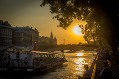 Sunset cruises along the Seine river.  We could do this every night!