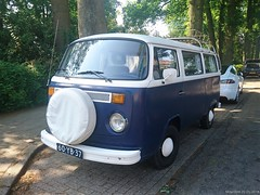Volkswagen T2 1977 (60-YB-37) (MilanWH) Tags: volkswagen t2 1977 transporter 60yb37