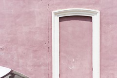 URBAN landscape-018 (Marco.Betti) Tags: marcobetti mbe urbanlandscape abstract minimalist white pink