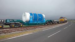 Wheely Heavy (Richie B.) Tags: kxa pfa barrow marine terminal cumbria drs direct rail services brush traction general motors class 57 57305 6x24