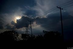 through the smudges of a bus window-1 (LTL78) Tags: fujifilm x100t bus window ventana méxico nubes anochecer clouds