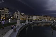 Nuvole scure al Prato della Valle - Padova (G@Bon@z (Thanks for One Million views)) Tags: padova