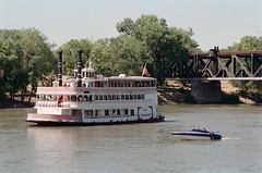 a1993-10-16 (mudsharkalex) Tags: california sacramento sacramentoca oldsacramento oldsac sacramentoriver riverboat spiritofsacramento