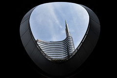 The hole (CesareZucco) Tags: milano street strada milan sky architecture people city città shops italy italia beauty buildings palazzi cielo urban urbanstyle italianbeauty photographer colors colori photography nikon nikonitalia nikond3400 skyscraper grattacielo banca hole buco design glass vetro unicredit money economy economia bank