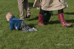 Different directions (Lyutik966) Tags: people child boy grass leg boots clothes direction way moscow russia scene street park