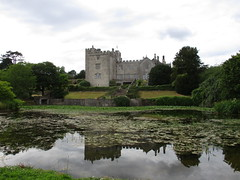 Sizergh Castle's Mirror Pond (White Pass1) Tags: sizerghcastle nationaltrust kendal lakedistrict pond mirrorpond statelyhome architecture reflection sky clouds trees