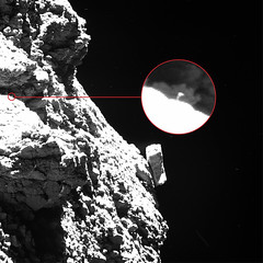 Philae waving – annotated (europeanspaceagency) Tags: esa europeanspaceagency space universe cosmos spacescience science spacetechnology tech technology osiris rosetta mission philae comet chury blackandwhite 67p comet67p comet67pchuryumovgerasimenko churyumovgerasimenko churyumov gerasimenko solarsystem