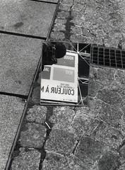Expression Plurielles 05/06 (kyopé) Tags: canonet argentique kodak kodakfilm film filmcamera filmphotography ishootfilm 35mm noiretblanc noir blackandwhite black white blanc reflect reflet miroire mirror ql 17 canonetql17 analog