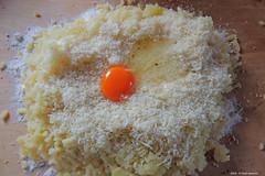 Zwetschkenknödel (Vorbereitung) 3 (Paolo Bonassin) Tags: gnochidesusini zwetschkenknödel food dish pietanze cucina