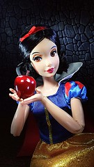 Oh, what a delicious looking apple (custombase) Tags: disney snowwhite doll apple classics red princess toyphotography