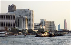 Bangkok Barges Hotels 20180127_172105 DSCN1846 (CanadaGood) Tags: asia seasia asean thailand thai ราชอาณาจักรไทย bangkok krungthep thonburi river chaophrayariver tugboat barge hotel boat expressboat building architecture canadagood 2018 thisdecade color colour