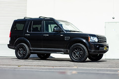 Land Rover Discovery LR4 on Black Rhino Barstow wheels - 1 (tswalloywheels1) Tags: land rover discovery 4 lr4 black rhino offroad off road aftermarket truck suv alloy alloys barstow rim rims wheel wheels textured matte
