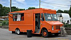 El Buen Mexicano Taco Truck in Clive, Iowa (Tyrgyzistan) Tags: trendyfoodtruck desmoines clive suburbandesmoines westernsuburbs centraliowa iowafood iowamexican mexicanfood huarache tacotruck