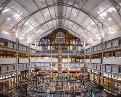 Pitt Rivers Museum, Oxford (Janet Marshall LRPS) Tags: pittrivers museum oxford archaeological anthropological universityofoxford building architecture victorian gallery totempoles panorama explored