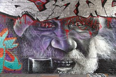 London, Streetart (chriskatsie) Tags: fraffiti londres london rue street art streetart face visage homme man paint peinture