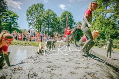 (c)Fotograaf Mike Rikken-Tot de nek in de drek Vriezenveen - Mudrace-223