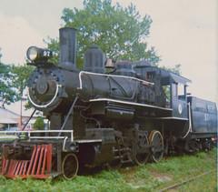 Failed Steam Venture (alwaysakid) Tags: oceancitywesternexmobilgulf260atberlinmd1974 steam locomotive engine railroad railway train 260 weeds