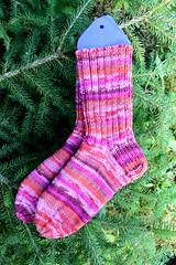 img_3656m (villanne123) Tags: 2018 socks sukat villanne villasukat neulottu neulotut nilkkasukat knitting knittedsocks handknitted handknit regiadesignlinekaffefasset6ply woolsocks woollensocks myyntiin myydään myydäänvillasukkia socksforsale