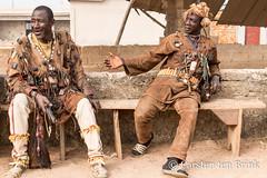 Dozo portraits (10b travelling / Carsten ten Brink) Tags: 10btravelling 2018 africa africaine african afrika afrique carstentenbrink cotedivoire dan denguélé dozo elfenbeinkueste iptcbasic ivorian ivorycoast malinké odienne odienné westafrica yacouba yakouba africain cmtb hunter ivoirien ivoirienne policeman tenbrink