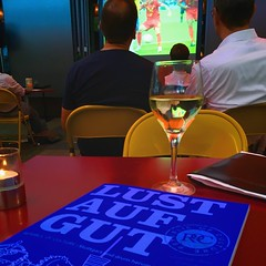 LUST AUF GUT (bornschein) Tags: rotekapelle night city bar restaurant fusball stuttgart brasilienverliertgegenbelgien