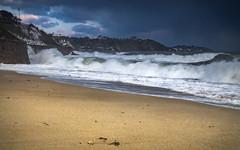 The surge - Falmouth, Cornwall, UK (alejandro.romangonzalez) Tags: falmouth cornwall landscape seascape guillybeach storm waves coast seaside